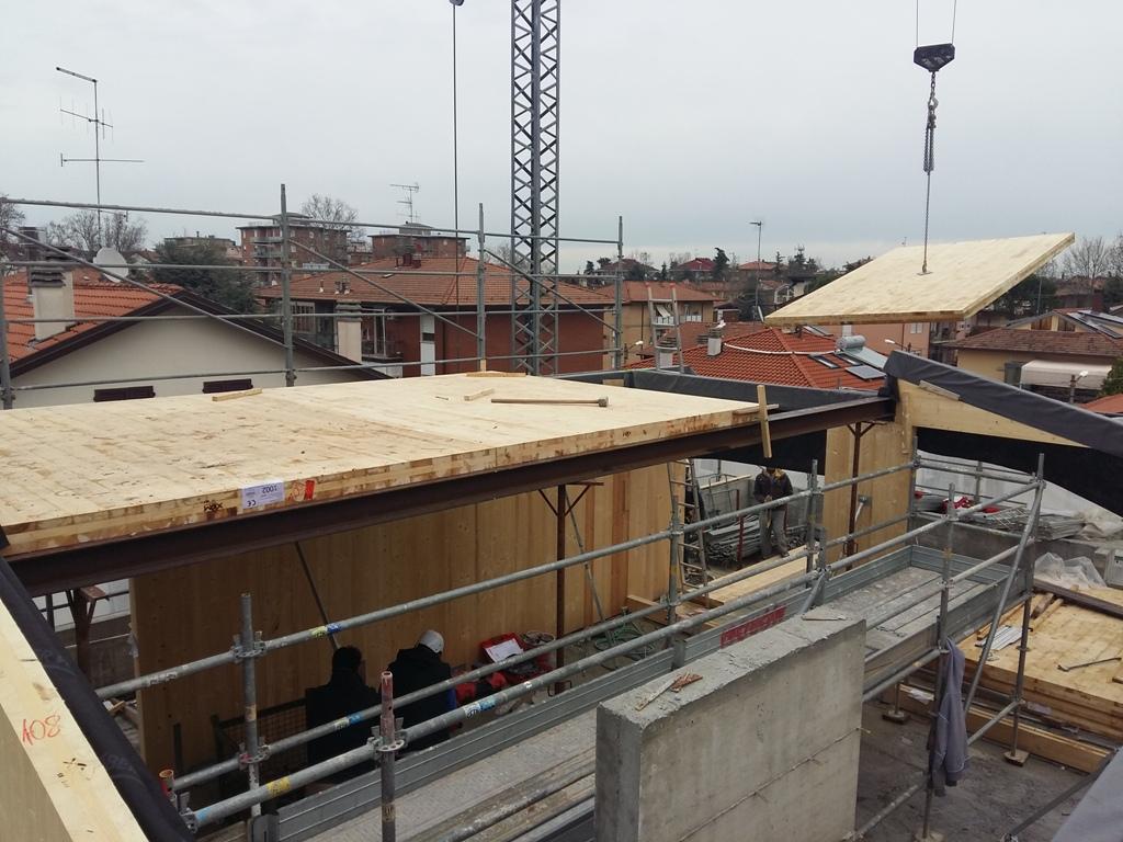 Sopraelevazione di abitazione esistente in legno xlam a cesena fc