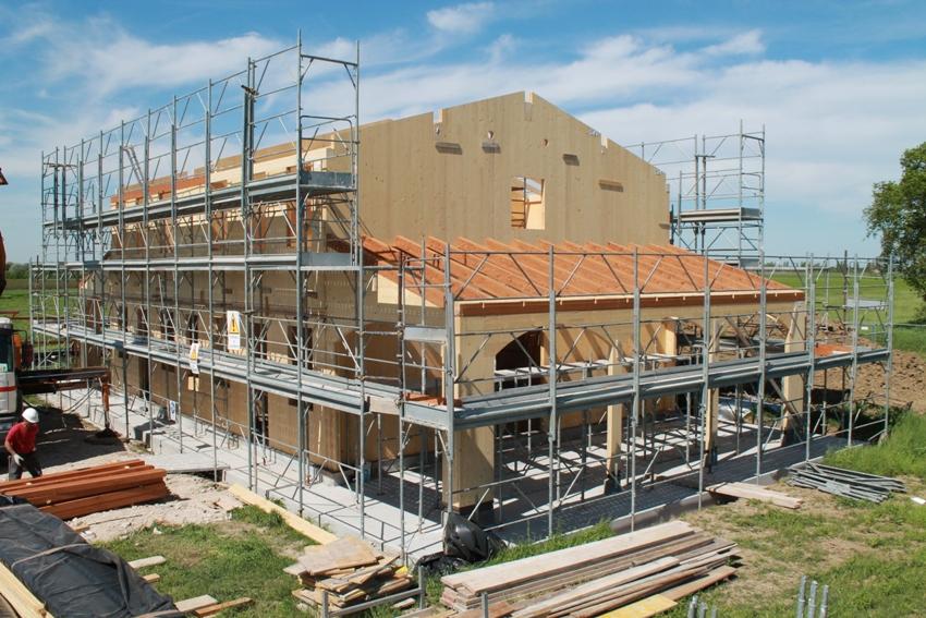 Nuova costruzione in xlam a bertinoro zero energy srl for Piano di fondazione di casa
